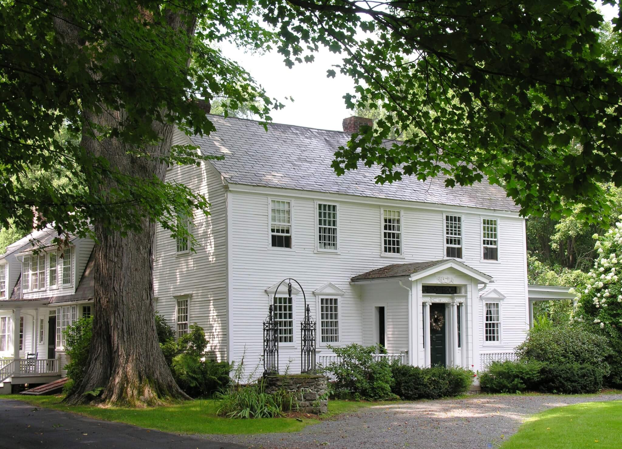 vermont colonial home covered by a home warranty